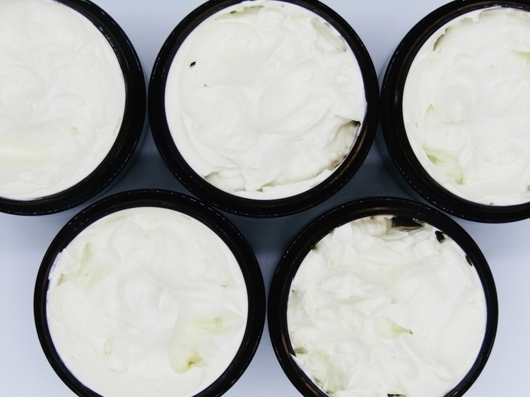 winter months kind season skin  - scrbyrslf | ello