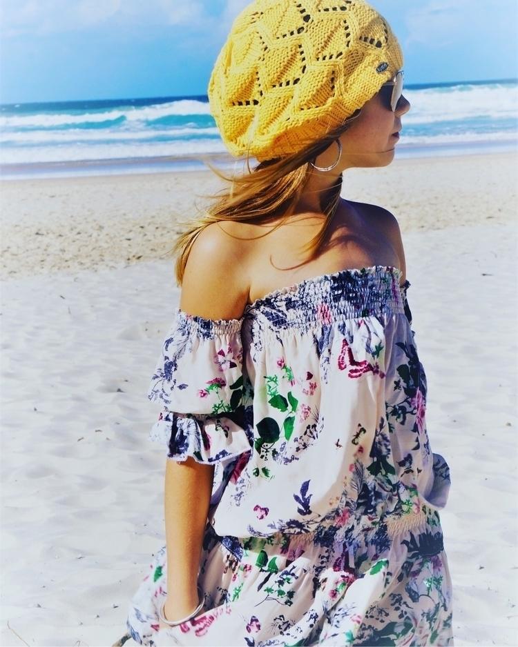 Beachy Boho! KK vintage floral  - lilybelleboho | ello