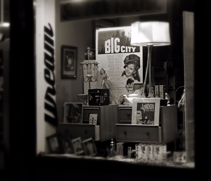 junk shop downtown - photography#shopwindow#mkeltyjewelry - mkeltyjewelry | ello