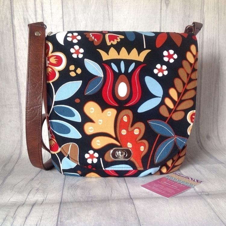 fabulously bright saddle bag. l - beesattic | ello