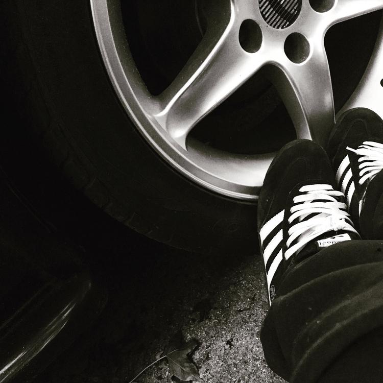 Sittings car - wheels, Adidas, lowered - illaurail   ello