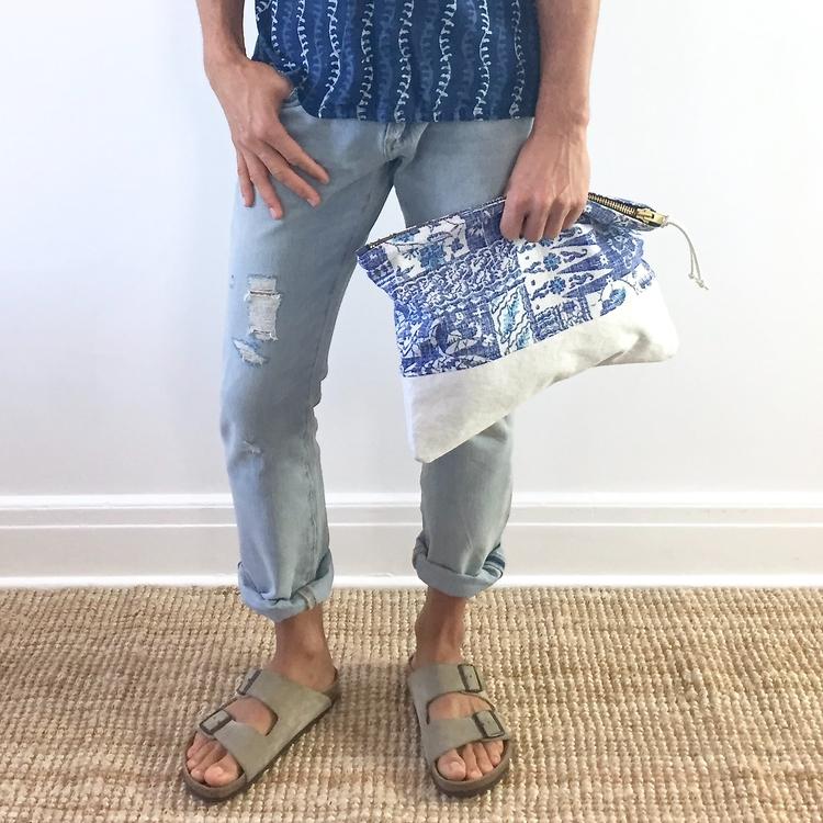 Large Aloha pouch vintage fabri - patrickdenanddelve | ello