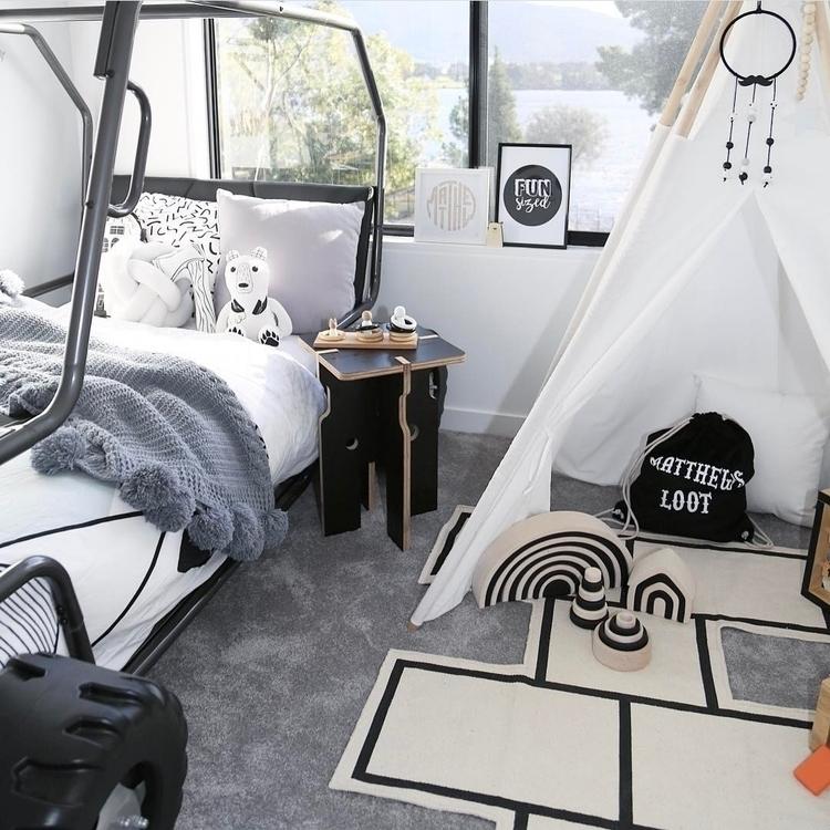 //Monochrome boys room inspirat - thesailingsheep | ello