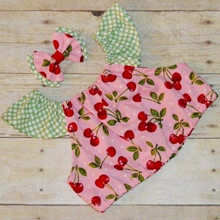 Cherries Crop top flutter sleev - kattskreations | ello