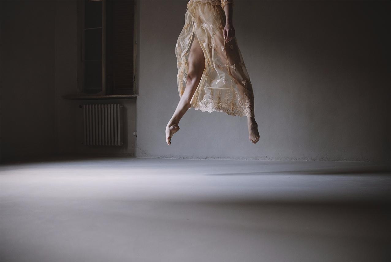 "Gravity"" — Photographer:Giusep - darkbeautymag | ello"