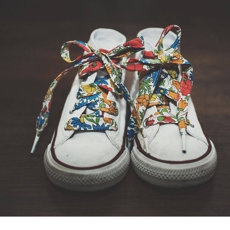 Pollen Liberty Shoelaces met Co - pollenclothing | ello