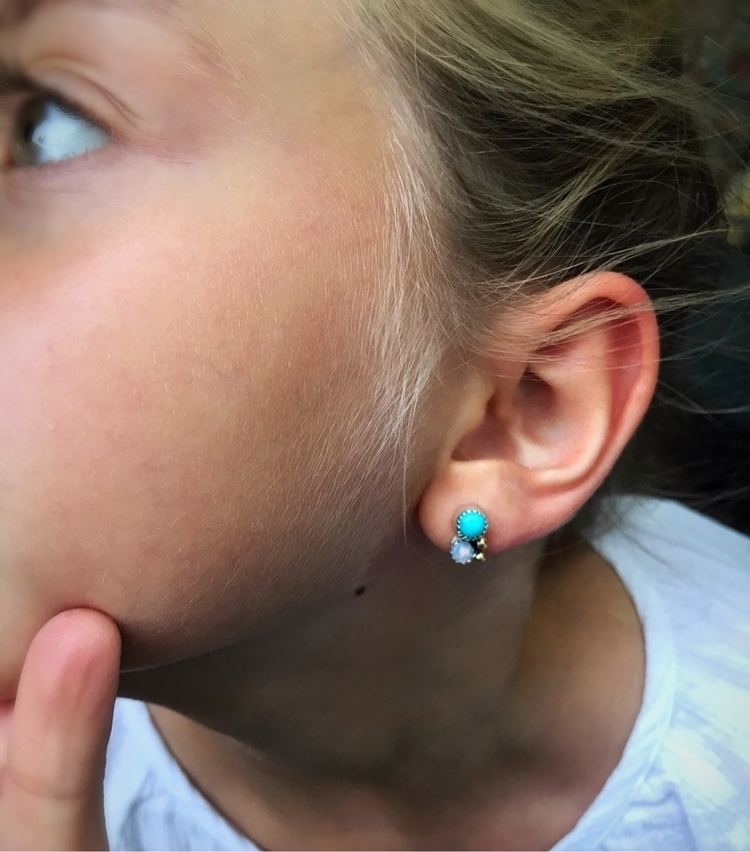 daughter tiny studs Sleeping be - schilverjewelry | ello