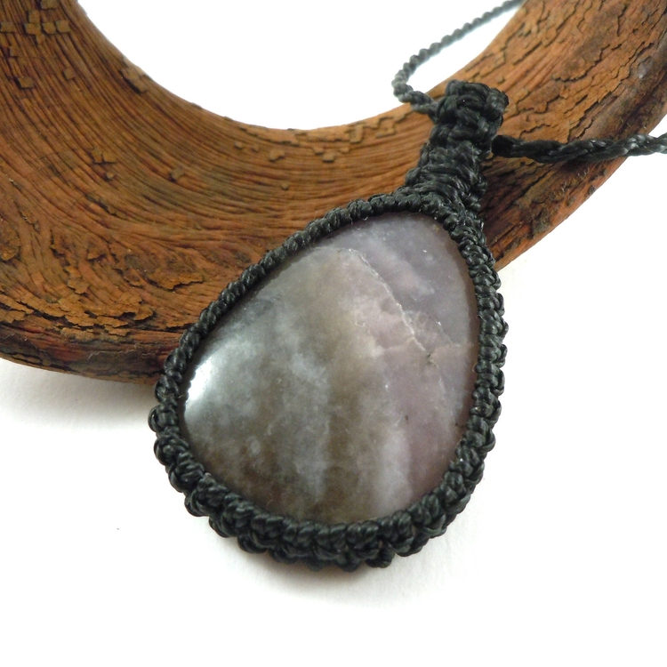 lepidolite, lavander, gemstones - wrapmeacrystal | ello