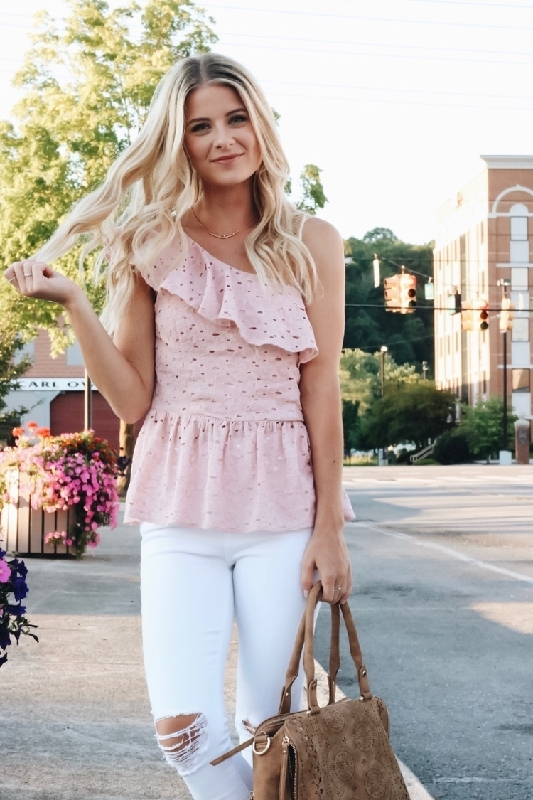 Blush Eyelet Shoulder top white - heathermariee | ello