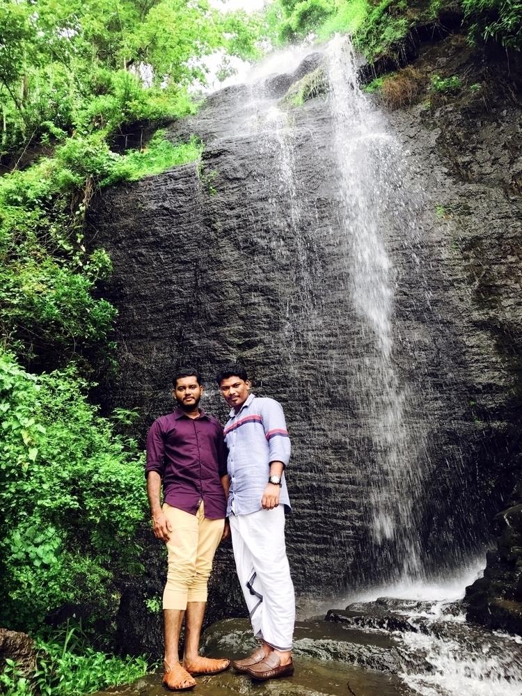● ︱Paloor-Kotta Waterfall ︱Ravi - sakkeerpoozhithara | ello