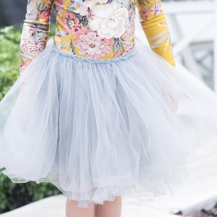 Love close Luxe Tutu Perla pict - littleheartsco | ello