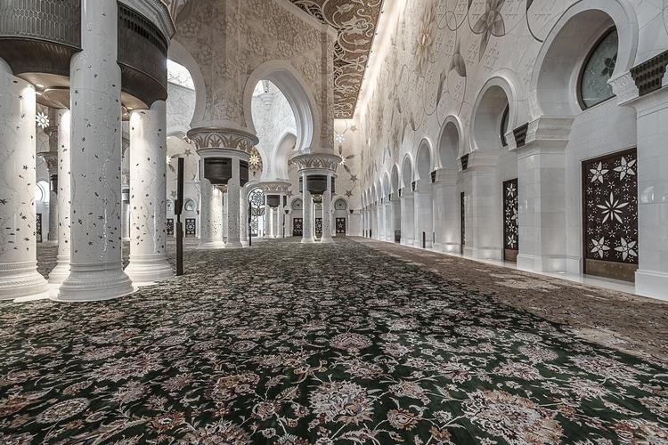 20170506, Abu Dhabi - adrianopimenta   ello