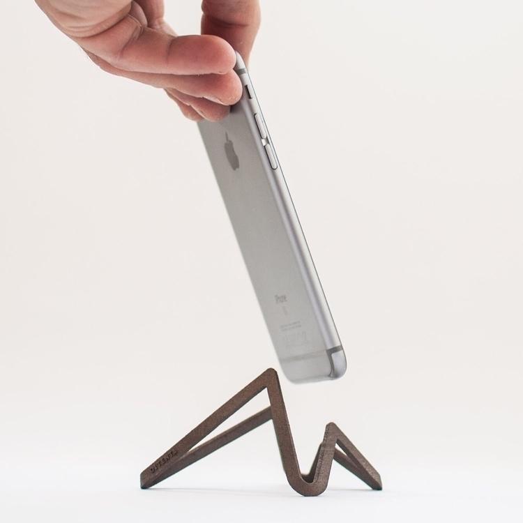steel! Minimalistic smartphone  - oitenta   ello