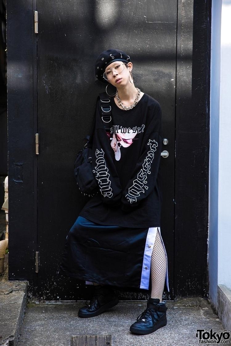button skirt chain choker shot  - yesterdaysvirgins | ello