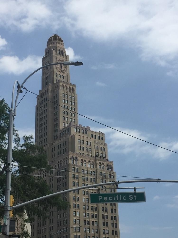Brooklyn - thevanpirechronicles | ello