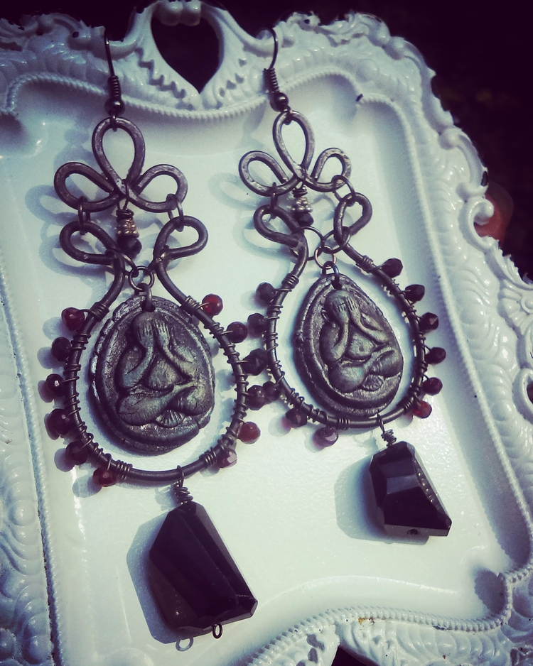 Listing earrings blood red blac - averrill | ello