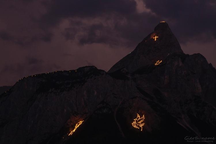 Berfeuer - Fire mountains pictu - bundeskater | ello