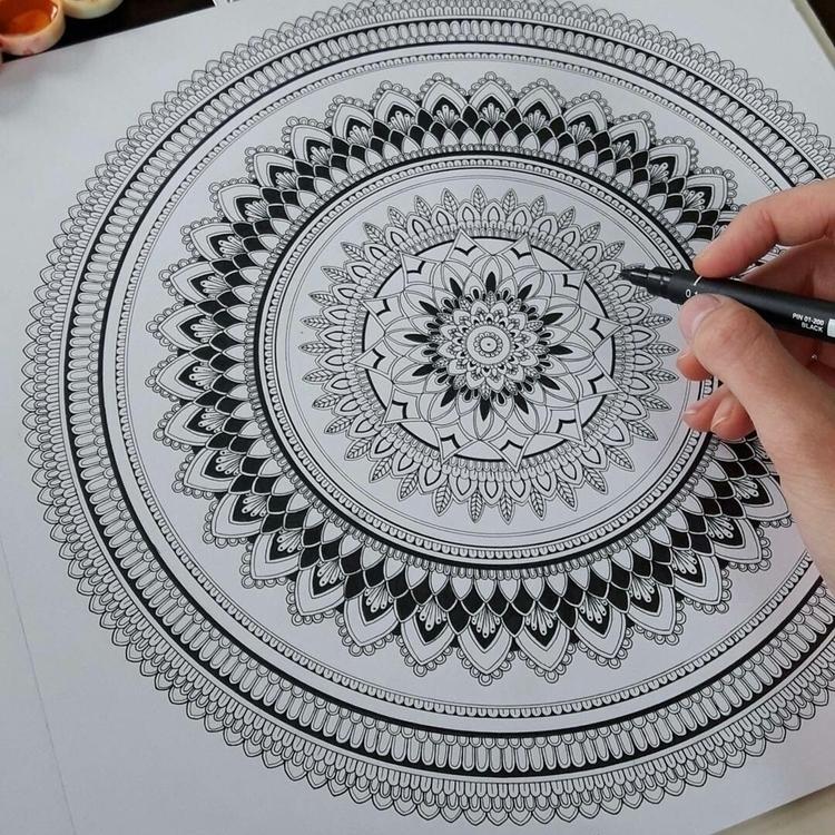 Details.Time colors.#mandala - mandalasharing - toinspireworld-bytriinun | ello