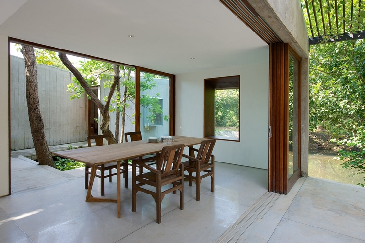 Dining room opens courtyard. Ho - upinteriors | ello