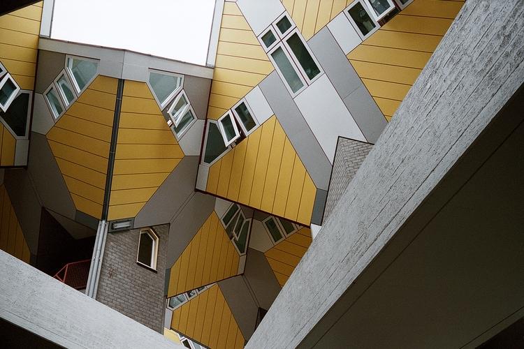 Rotterdam - kubuswoningen, 35mm - samnap   ello
