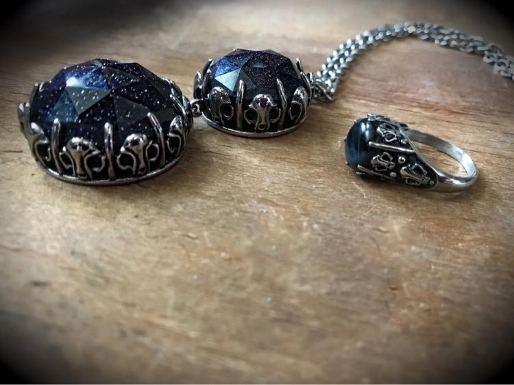 lady year possessed put Cat Sku - evil_pawn_jewelry   ello