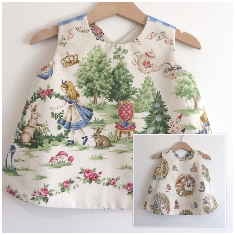 pinnie Alice met Peter rabbit s - velvetsemporium | ello