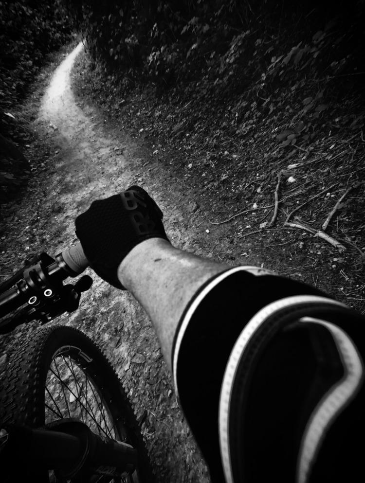Photo Ride 2017 - 54 - rrrooobbbppp | ello