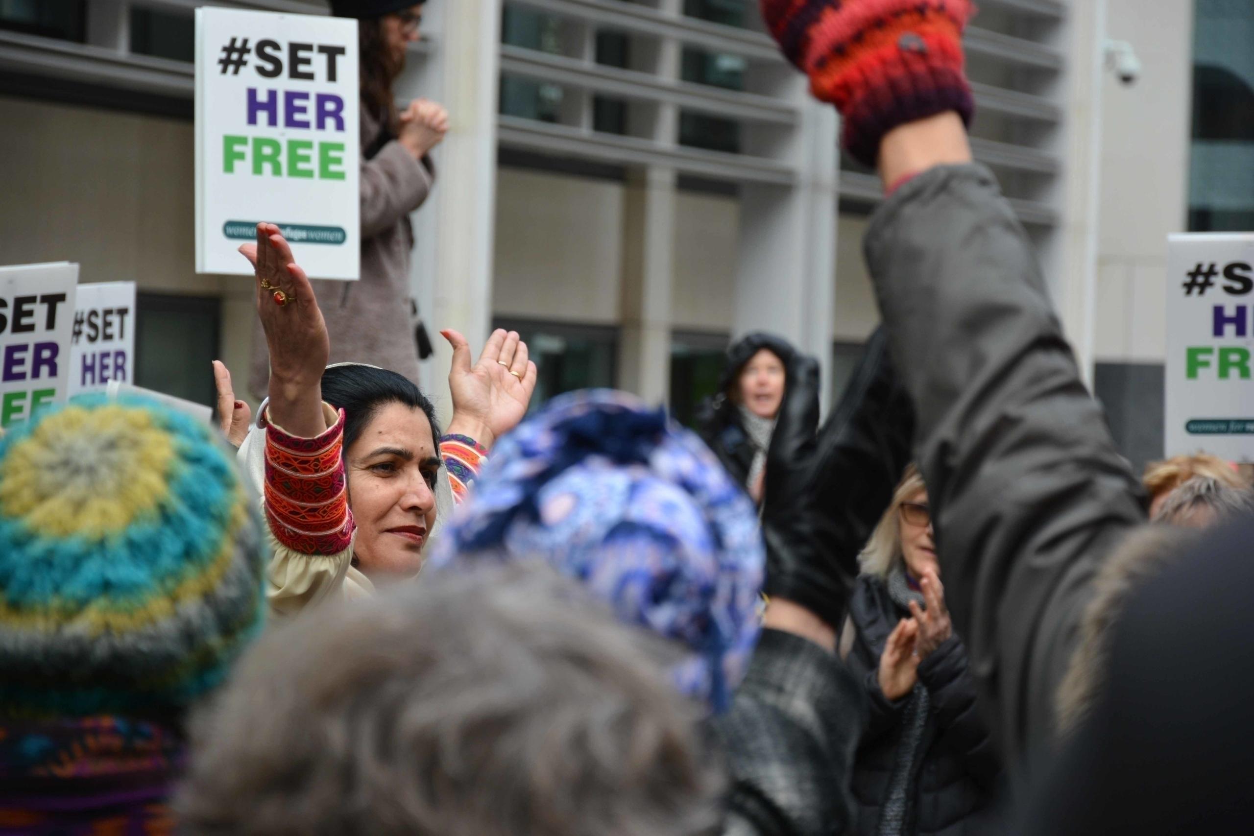 Set Free Demo (Home Office, Lon - idjphotography | ello