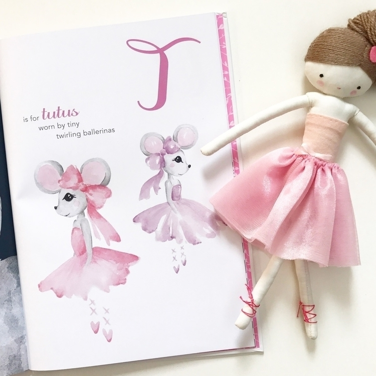 4 ballet class morning, excited - kidsbookswelove | ello
