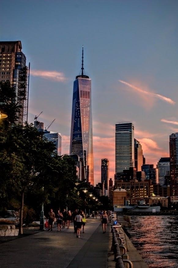 World Trade Center.... reflecti - cuso009 | ello
