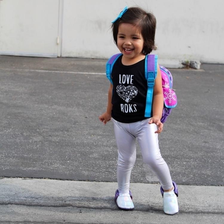 Sara! cute! (SARA15 - sarazindel - sara_and_ezekiel | ello