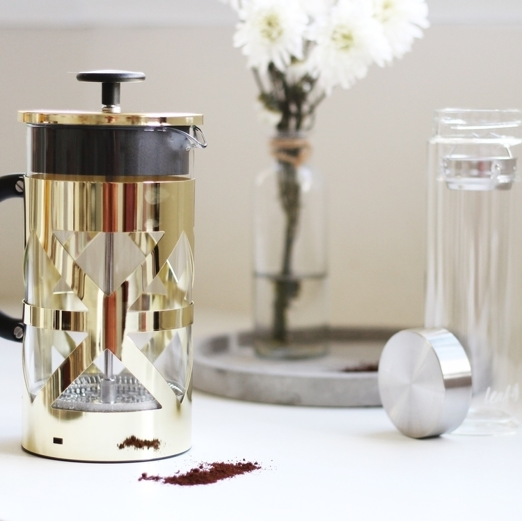 Prettiest coffee plunger Daisy  - lulukatestyle | ello