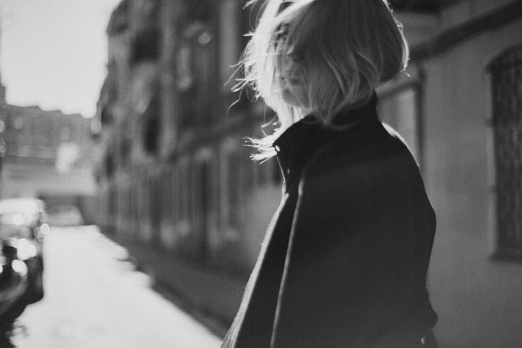 Elena Artist: Anja Drown - blackandwhite - tomhart | ello