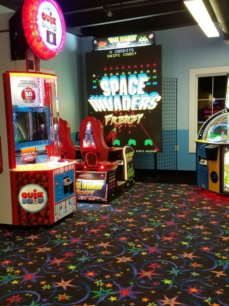 Space Invaders Frenzy local - arcade - 8bitcentral | ello
