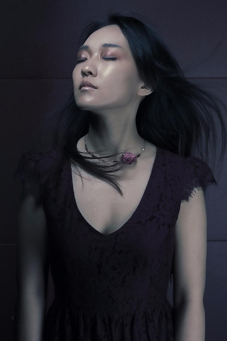 Photographer:Qingping (Thea) Z - darkbeautymag | ello