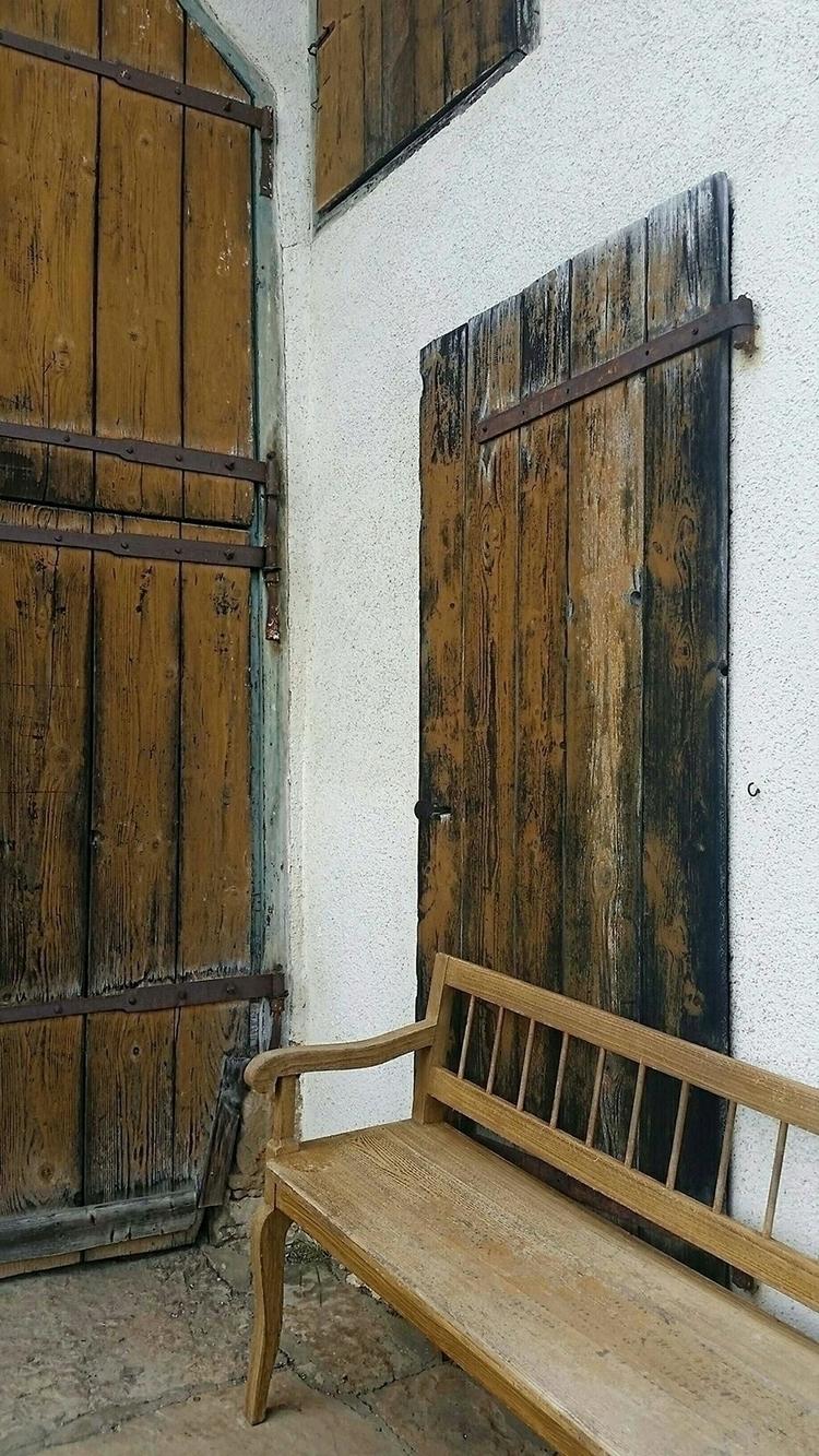 brownwithwhite, bench, bank, ellominimal - aleksaleksa | ello