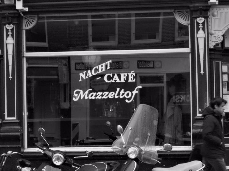 Nacht Café, Amsterdam, 2015 Ody - finncargill | ello