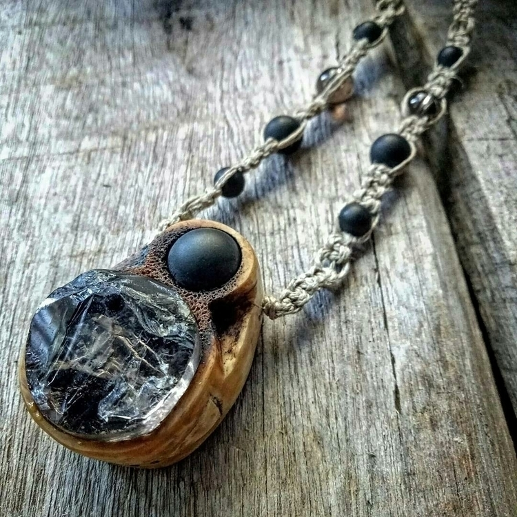 •|• raw smokey quartz onyx antl - ciganyspirit | ello