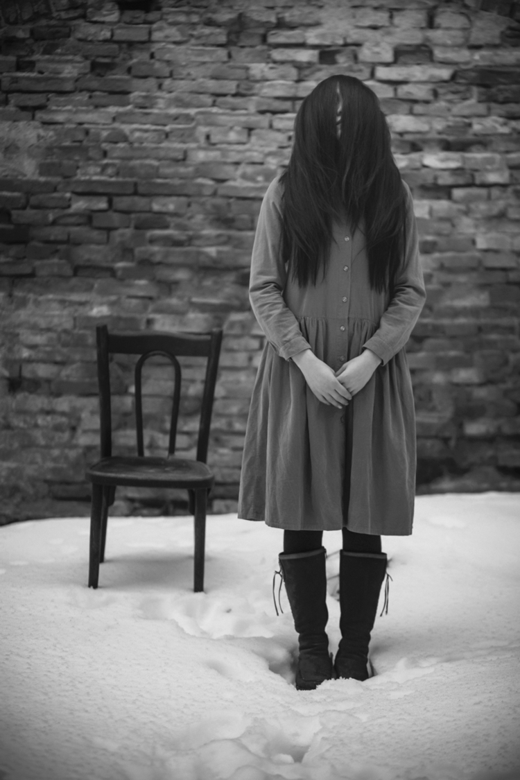 Photographer:Raluca Arhire Mod - darkbeautymag | ello