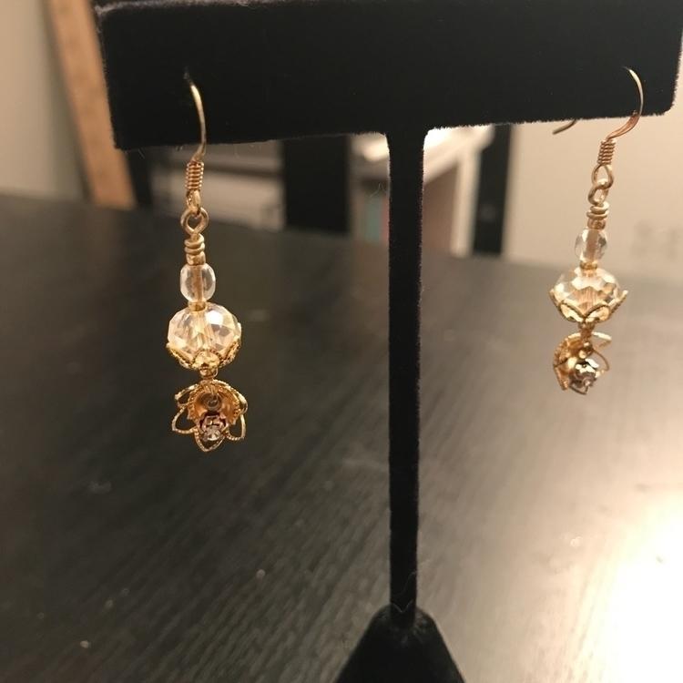 Elizabeth Royal Collection [Lil - lilolainspired   ello
