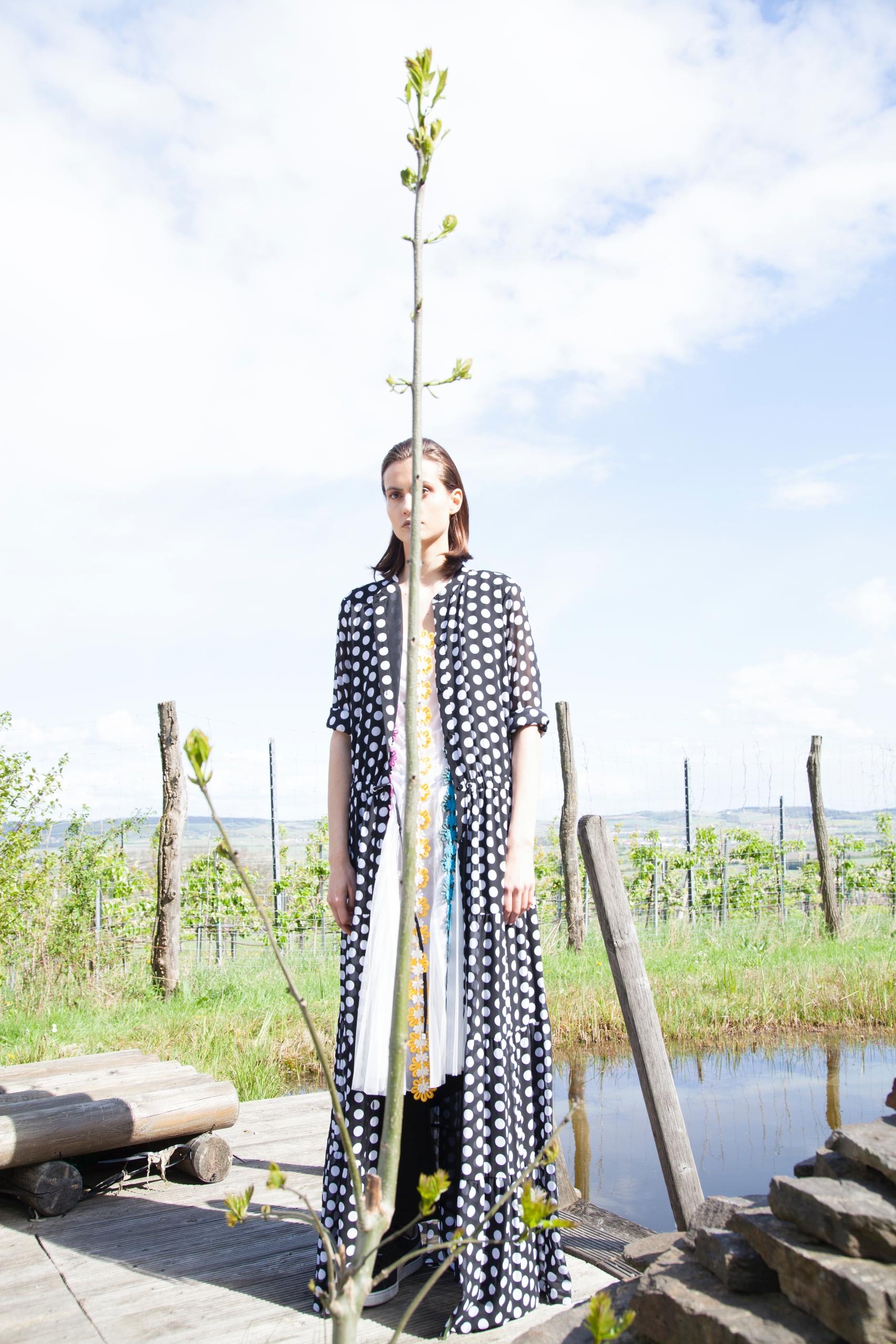 Fashion Editorial 2017 Wanderlu - estherirena | ello