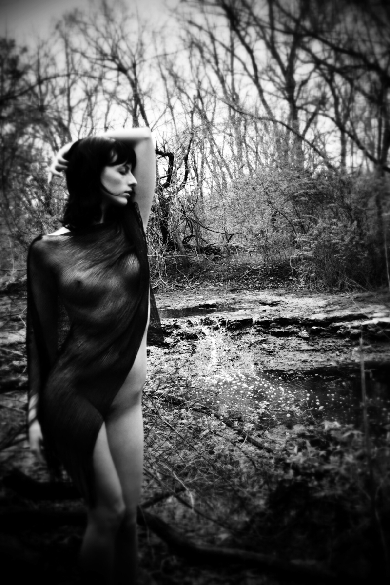 Photographer: Lowell Shielda Sh - darkbeautymag | ello