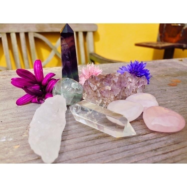 Healing bundle LINK BIO:sun_wit - ponyopow | ello