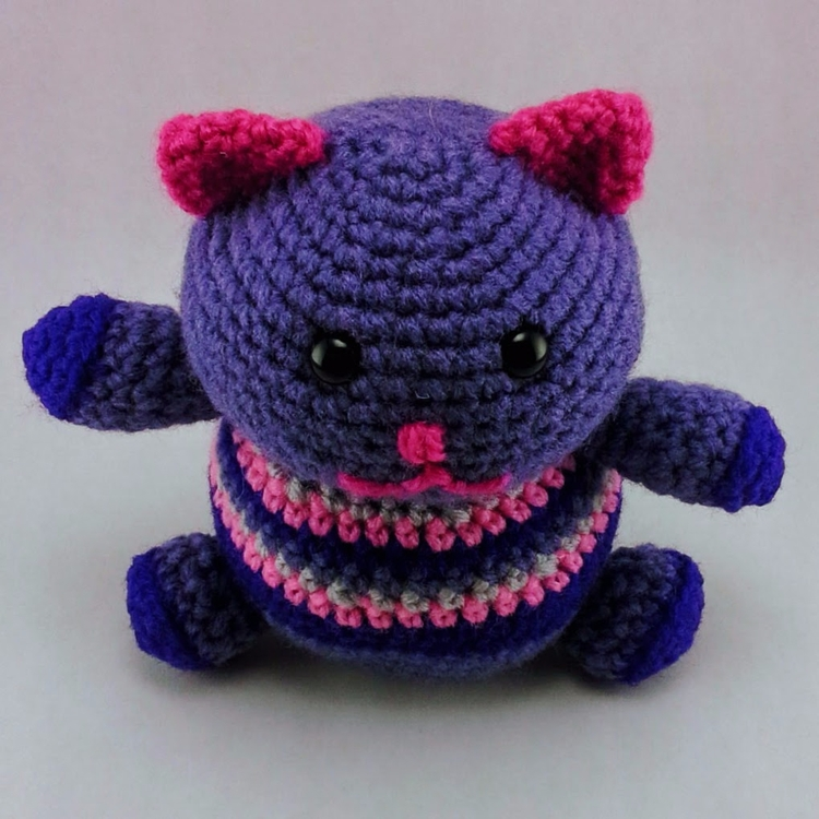 Happy Lucky Cat Fat Kitty hope  - miniaturemonkeycreations | ello
