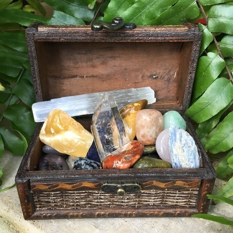 31 Piece box sets Etsy shop! Bo - thesacredcrystal | ello