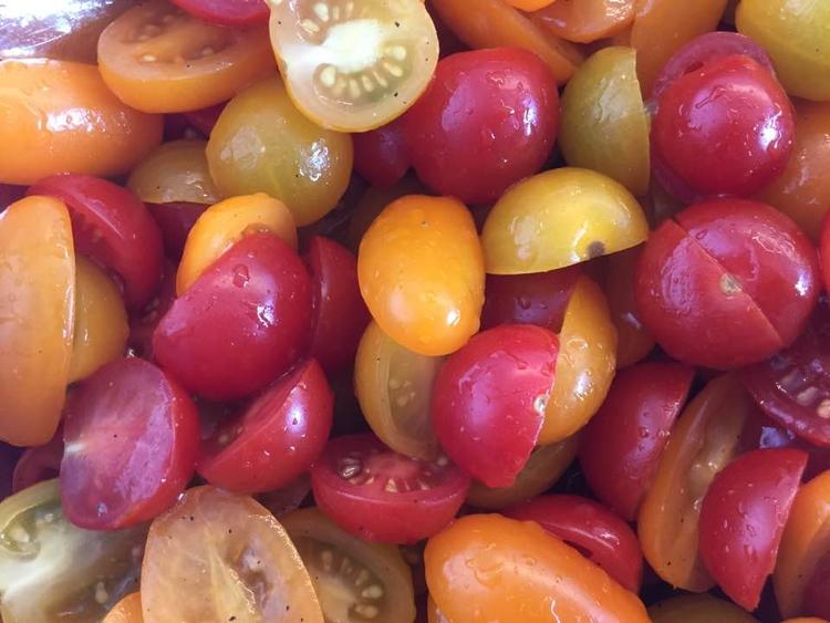 Tomato salad - tomato, tomatoes - zondervrees | ello