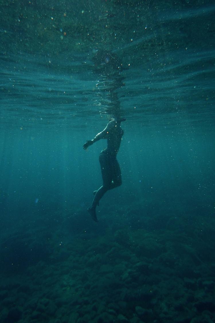 sea - greece, underwater - gamblersfallacy | ello