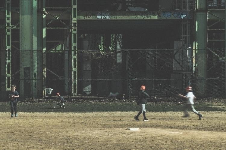 Fielders (II - photography, nyc - iangarrickmason | ello