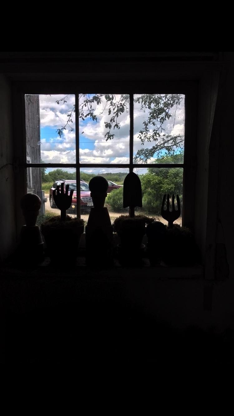 View barn.. Karen Exiner - exinerartstudio | ello