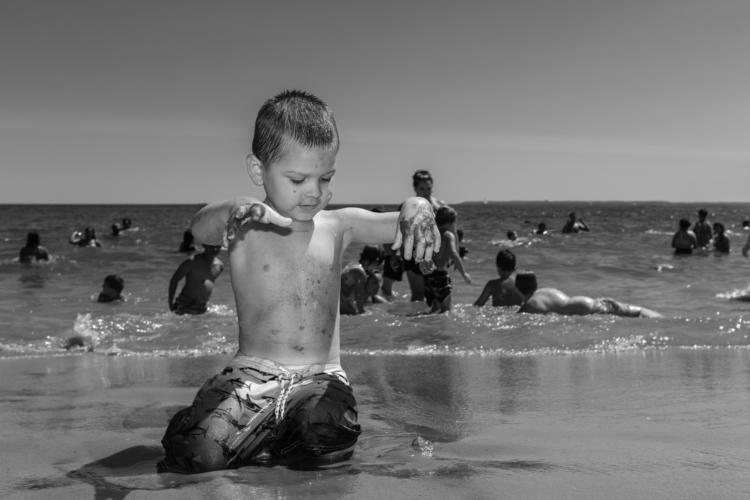 Sandy Hands Coney Island, NYC - giseleduprez | ello